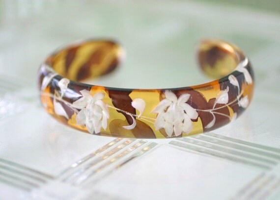 Lucite Faux Tortoise Shell Bracelet with Incised Roses, Vintage
