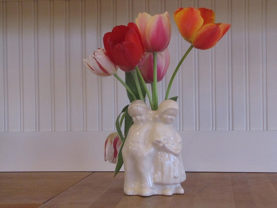 Vintage Dutch Boy & Girl Vase, 1950s Vase, White Vase, Dutch Vase