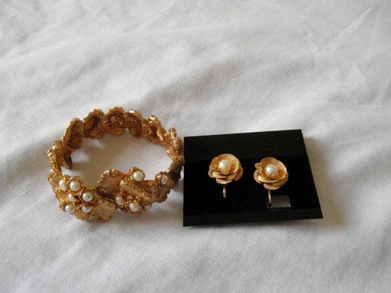Vintage Judy Lee signed hinged bracelet faux pearls and flower clip on earrings set