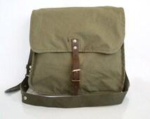 Vintage Military Bag Khaki Cotton Canvas Messenger School Crossbody Bag, Unisex Travel Bag in Army Green, Vintage Accessories