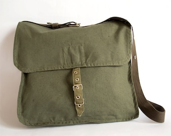 Vintage Military Bag, Army Bag, Green Canvas Messenger Bag, Crossbody Bag, School Bag, Unisex Bag