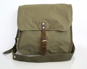 Vintage Military Bag Khaki Cotton Canvas Messenger School Crossbody Bag, Unisex Travel Bag in Army Green, Vintage Accessories