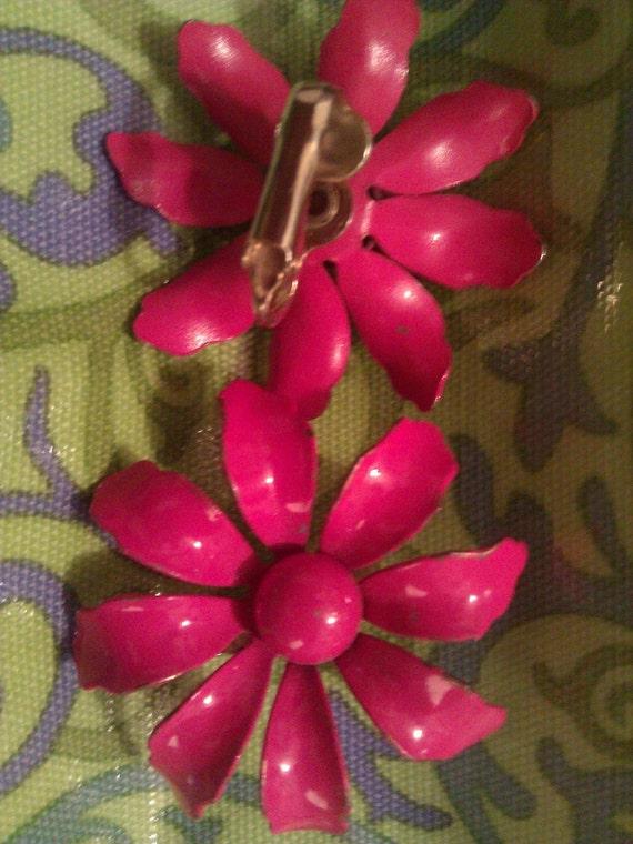 Vintage Clip on Flower Metal Earrings in Fuchsia Pink Color