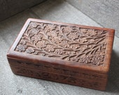 Romanitc Cottage Chic Vintage Carved  Wood Jewerly Box
