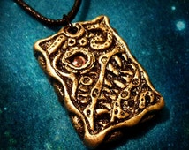 Cosmic Horror Necklace - handmade hp lovecraft gothic design