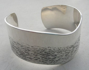 Hand Forged Silver bangle