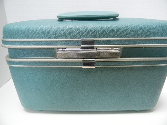 Vintage Samsonite Train Case or Cosmetic Case or Artist Paint & Brushes Case