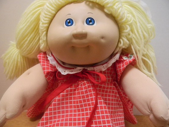 Cabbage Patch Kids Doll 1978,1982 Appalachian Art Work, Inc. Doll