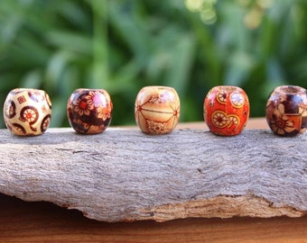 15 Wooden Beads 8mm Hole (5/16 Inch)