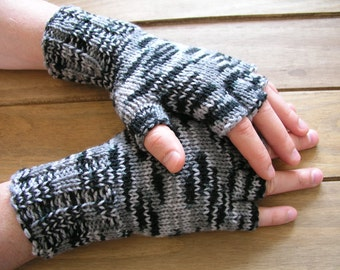 Hand knitted fingerless gloves / wrist warmers