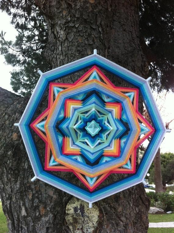 Tender feelings, Yarn Mandala / Ojo de Dios, by RusaLena