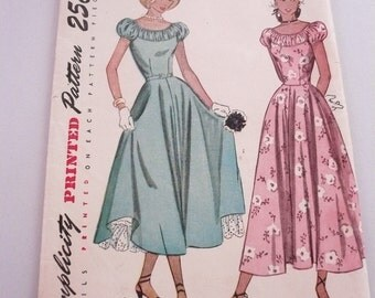 Vintage Simplicity Pattern 2392 Daytime and Ballerina Length Party Dress Misses Size16