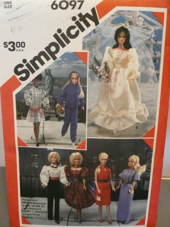 Vintage Simplicity Pattern 6097  Wardrobe for Dolls Such as Barbie and Brooke Shield