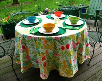 Spring Floral Bouquet Round Vintage Tablecloth with Piping Finished Edge