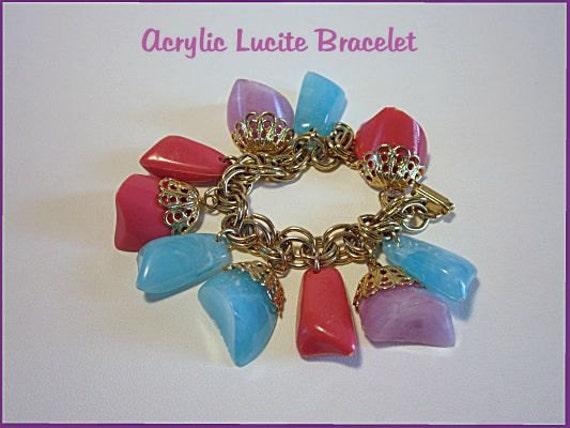 Vintage Bracelet Acrylic Lucite Pastel Charms Boho 1950s 1960s