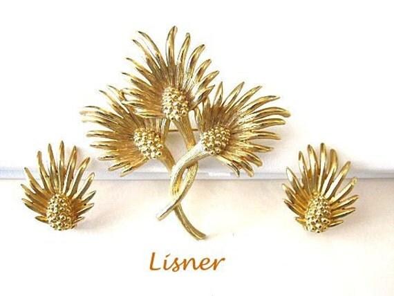 Lisner Brooch Earrings Set Vintage Pin Flowers Goldtone