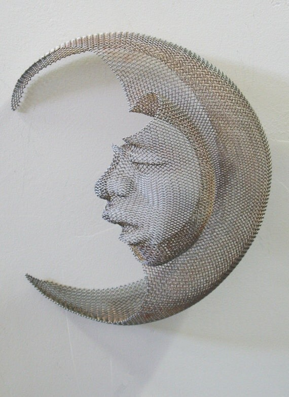 wire mesh powder coated man in the moon wall hanging