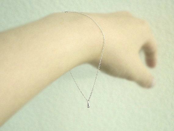 Silver teardrop bracelet- tiny drop on sterling silver chain- minimal delicate jewelry