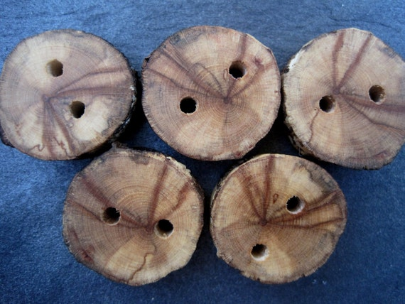 Rustic Wooden Buttons Natural Tree Branch Buttons Poplar for Knitting Suplies, Journals, Totes and Clothing, Medium - Set of 5