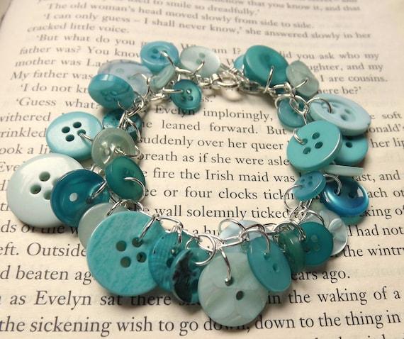 Light and Dark Turquoise Button Bracelet
