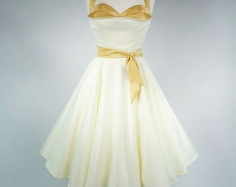 Made To Measure Ivory And Gold Full Circle Skirt Petal Bust Wedding Dress - Detachable Straps & Belt