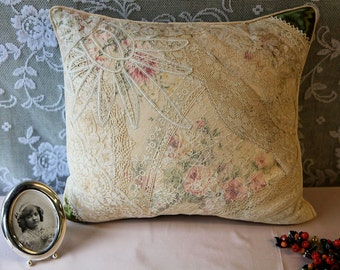 Vintage lace patchwork pillow green&ivory