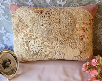 Vintage lace patchwork pillow pink&ivory