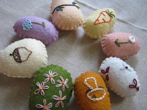 Embroidered Easter Eggs - Flowers & Plants Set