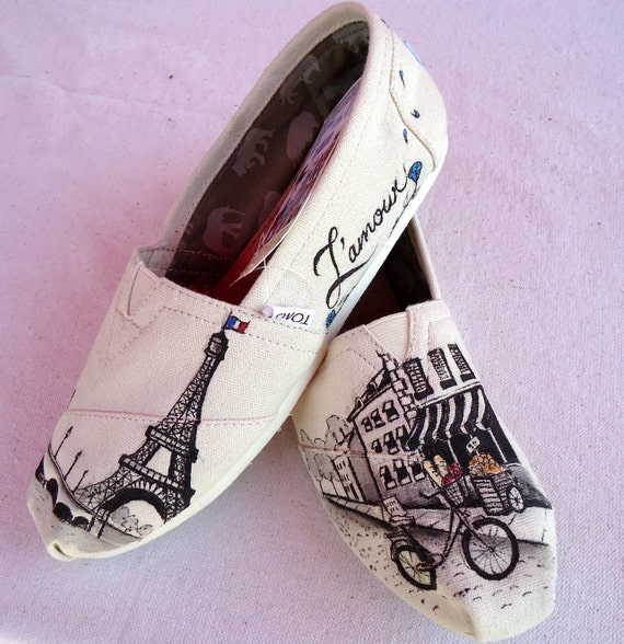 SALE*** 5.5 womens Paris Themed TOMS** Ready to ship!!!
