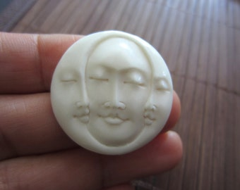 30 mm Hand Carved Three Face Cabochon with closed Eye, Bone Component, Cabochon for Setting B3733