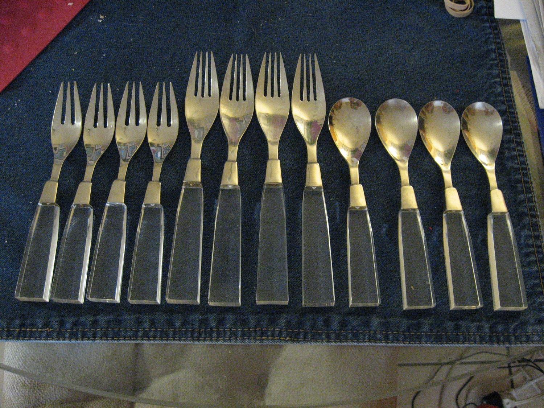 Vintage Supreme Cutlery Lucite Flatware Silverware 12 Pc
