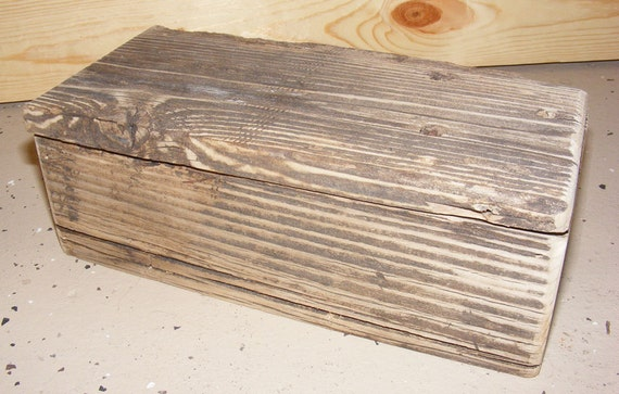 Weathered Wood Keepsake Box