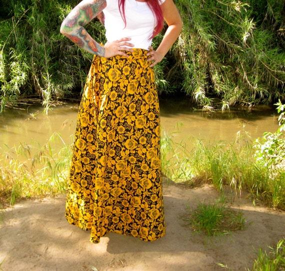 VTG 70s Mustard Floral Skirt