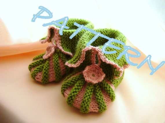 Knit slippers PATTERN PDF  toddler and baby  booties Home shoes