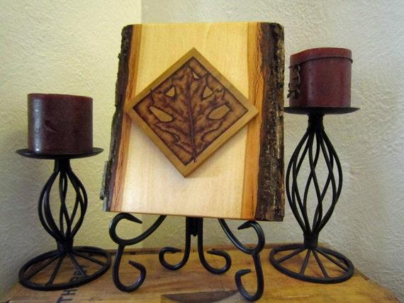 log cabin decor - rustic country oak leaf  decoration