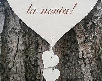 Weddings Decor Signage Ya viene la novia Flower Girl or Ringbaerer Photo Props Ceremony Decorations