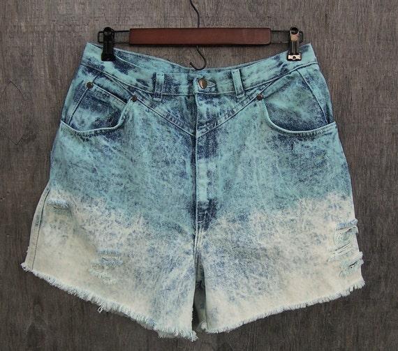 "Vintage 1980s Congo Trader acid wash high waisted denim shorts / distressed / ombre dip dye / cut offs / 32"" waist"