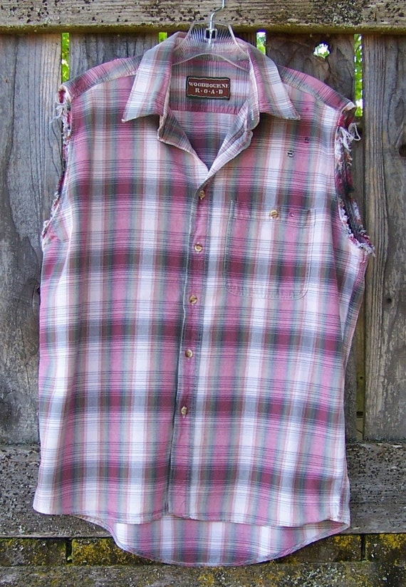 90s grunge shirt oversized boyfriend shirt / cut off sleeve / distressed / button down / tank / sleeveless pink and grey plaid  / UNISEX