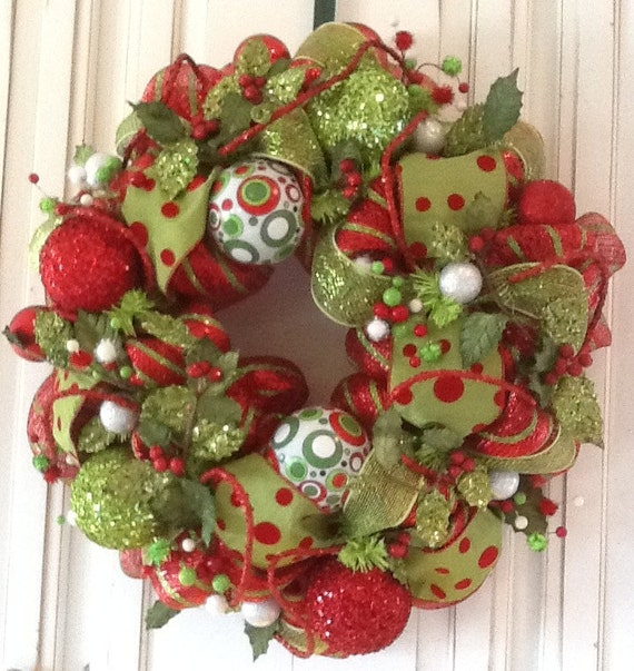 Red and Green Dot Fanciful Christmas Wreath