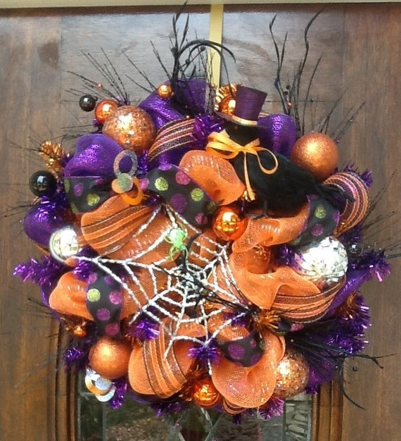 Crow and Green Spider Halloween Wreath