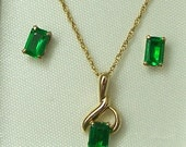 Gorgeous GREEN GARNET Set  - Emerald Cut - 1/2 carat each Earrings & Necklace set - 14K GF Vintage Demantoid