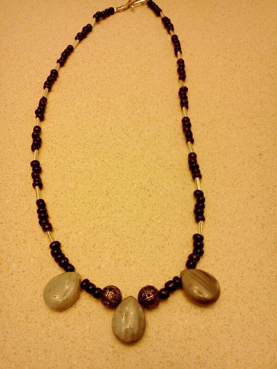 CLEARANCE- Black and silver beaded necklace with tear drop stones