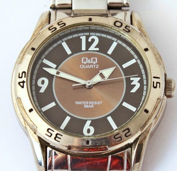 Vintage Quartz watch QQ electronic watch