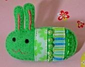 Green Chibi Bunny - Hand-stitched Felt Brooch