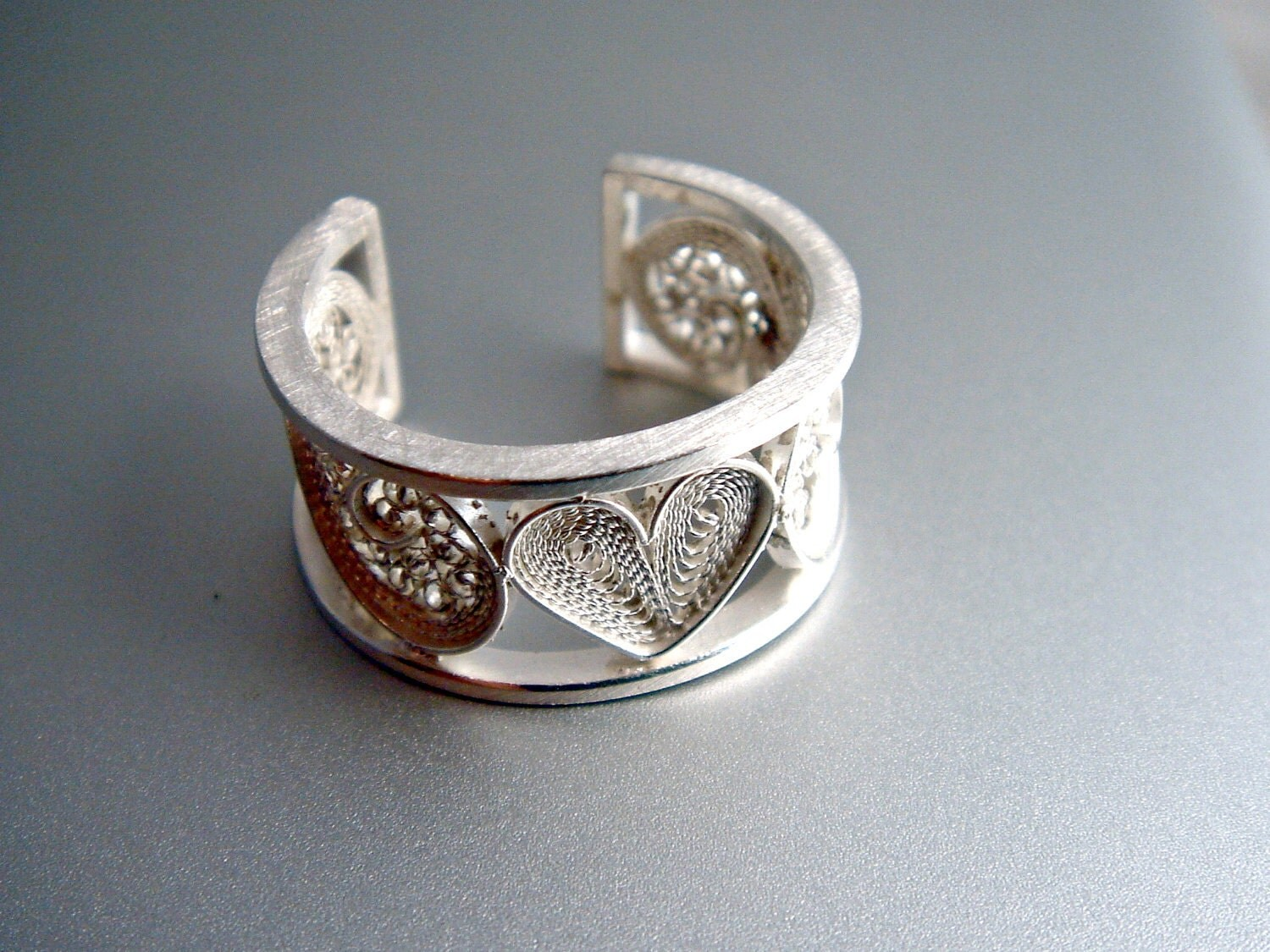 silver band ring filigree ring heart by susanateixeirajewels. Black Bedroom Furniture Sets. Home Design Ideas