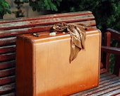 ON SALE - Vintage Samsonite Traveler's Suitcase