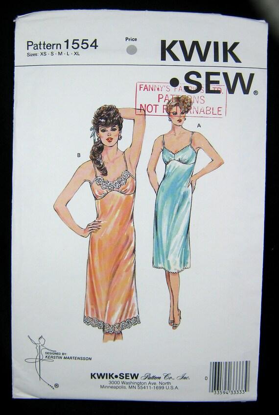 Vintage Lingerie Misses Full Slip  Pattern Kwik Sew 1554