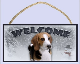 "Beagle Winter Season 10"" x 5"" Wooden Welcome Sign"