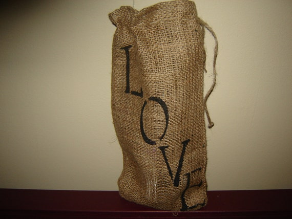 Burlap Decorative Wine Bag, Gift Bag with LOVE Handpainted. Hostess Gift, Holidays, Valentines Day Gift