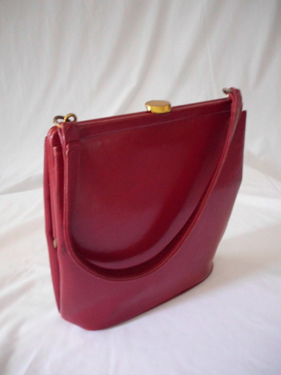 1950s RED  PURSE  Made in the USA by British Walkers (strange name for american made)